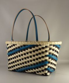 Summer in the Studio ⋆ PrairieWood Basketry Flax Weaving, Willow Weaving, Basket Weaving, Hand Weaving, Traditional Baskets, Basket Bag, All Craft, My Happy Place, Leather Handle