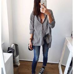 Belle soirée 😘 - Chemise #Zara (co actuelle) 〰 Jeans #Zara (old) 〰 Shoes #Converse #instadaily