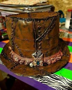Diy Duct Tape Steampunk Top Hat  - Ok, I think I need to make this - cb