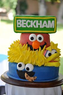 Sesame Street Birthday Party - Lots of DIY decorations & games! Events To Celebrate
