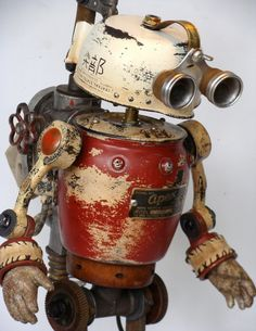 Oh! I think this is my favorite!!! Look at that patina! Tinkerbot.