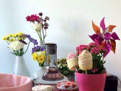 Blumen beim Frühstück