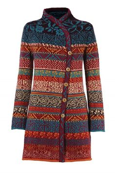 The colors work beautifully together on this stranded knit cardigan. And I love the overlapping front panels with the buttons to the side. Knitted Coat, Fair Isle Knitting, Long Jackets, Knitting Designs, Pulls, Knitwear, Knit Crochet, My Style, Clothes