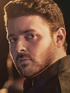 Chris Young may be a country music star, but it doesn't keep him from being a down to earth person as a recent generous tip to a bartender shows. Get details here Male Country Singers, Country Music Artists, Country Music Stars, Chris Young Concert, Chris Young Songs, Cute Country Boys, Country Man, Alan Young, Dear Future Husband