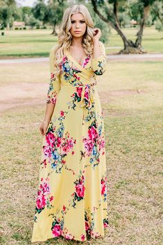 We have the cutest selection of modest dresses available in size S to & in Petite, Regular and Tall Length. Cute Maxi Dress, Green Midi Dress, Maxi Wrap Dress, Modest Dresses For Women, Clothes For Women, Maxi Outfits, Modest Outfits, Fashion Looks, Fashion Tips