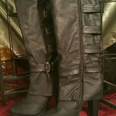 New ladies black boots Nice new black heel boots Shoes Heeled Boots