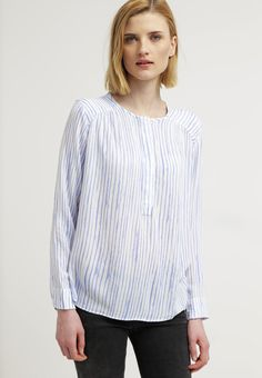 GAP Blouse - white for with free delivery at Zalando Free Delivery, Gap, Best Gifts, Tunic Tops, Blouse, Women, Fashion, Moda, Fashion Styles