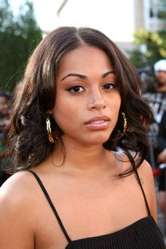 lauren london who is she dating Lauren london dating history lauren london has had 4 public relationships dating back to 2013 on average, she dates men 1 year older than herself age.