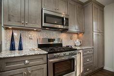 Best The Picture Features Shaker Ii Maple Bright White Cabinets 400 x 300