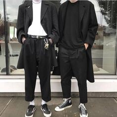 "4,950 Likes, 45 Comments - Streetwear Inspiration (@minimalarchive) on Instagram: ""Left or right? 