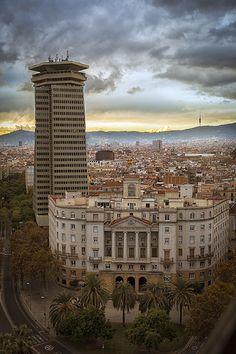 Navy and El Capitain Buildings | Barcelona