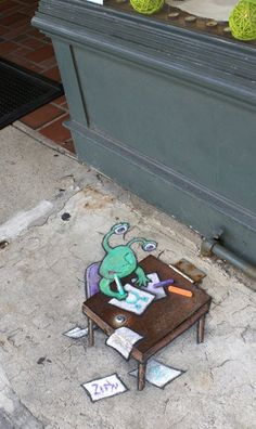 David Zinn Chalk | 70+ Sidewalk Chalk Art Of Sluggo By David Zinn | Amazing Street Art ...