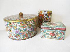 Decorative-Floral-Tins-Lot-of-3-Daher-Cottage-Chic-Biscuit-Tin-Tea-Caddy