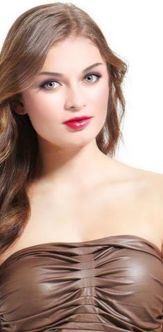Most Beautiful Faces, Stunning Eyes, Beautiful People, Beauty Full Girl, Beauty Women, Actress Anushka, Hot Blondes, Woman Face, Pretty Woman