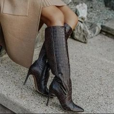Spring Boots For The Fashion It Girl High Leather Boots, Black Ankle Boots, Leopard Print Boots, Spring Boots, Black Ripped Jeans, Boot Camp, Light Wash Jeans, Trendy Shoes, Western Boots