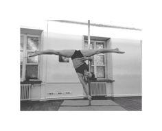 POLE DANCE Karolina Banaszek instruktorka w OH LALA #poledance #ohlala #poledancer