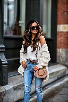 fashion blogger mia mia mine wearing a gucci belt