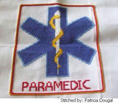 Paramedic Star of Life cross stitch pattern. Voor op mijn hulpmiddelentas (zonder paramedic)