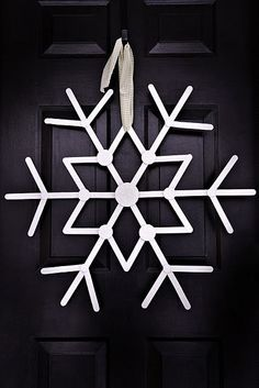 DIY Snowflake Outdoor | Large Christmas Popsicle Stick Craft, DIY Outdoor Popsicle Stick ...