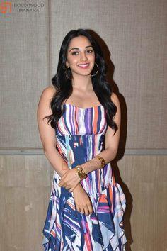 Bollywood Actress Hot Photos, Indian Actress Hot Pics, Indian Bollywood Actress, Bollywood Girls, Beautiful Bollywood Actress, Bollywood Celebrities, Indian Actresses, Beautiful Blonde Girl, Beautiful Girl Indian