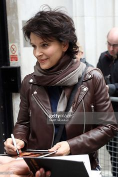 <a gi-track='captionPersonalityLinkClicked' href='/galleries/personality/209273' ng-click='$event.stopPropagation()'>Juliette Binoche</a> seen at BBC Radio 2 on March 31, 2014 in London, England.