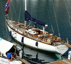 Sailboat Restoration, Classic Yachts, Vintage Boats, Wooden Ship, Sail Boats, Yacht Design, Motor Yacht, Sail Away, Set Sail
