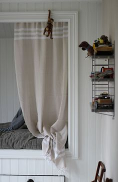 I made this curtain for my sons bed out of Hammam towels, easy peasy!
