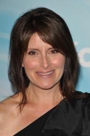 Pamela Fryman, director
