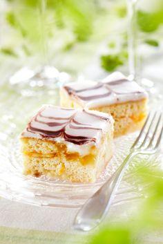 Appelsiinimarmorileivokset | Tortut ja piirakat | Pirkka #ystävänpäivä #valentine #valentinesday No Bake Desserts, Vanilla Cake, Sweet Tooth, Valentines Day, Cheesecake, Pudding, Baking, Eat, Recipes
