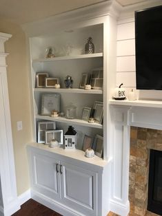 Bookshelves Around Fireplace, Built In Around Fireplace, Fireplace Built Ins, Farmhouse Fireplace, Home Fireplace, Fireplace Remodel, Living Room With Fireplace, Fireplace Design, Wall Units With Fireplace