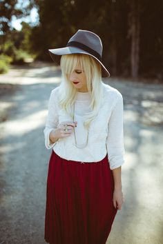 lace long sleeve shirt, pencil skirt (blue/red)