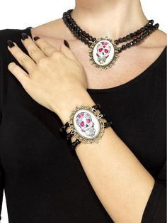 Buy your day of the dead beaded bracelet for your Halloween costume from the Halloween Spot. It is a black coloured day of the dead beaded bracelet. School Costume, Halloween Beads, Halloween Costume Accessories, Christmas Costumes, Halloween Costumes, Black Jewelry, Day Of The Dead, Bracelet Watch, Helmet