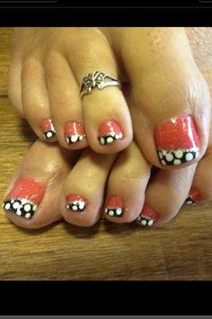 Cute toenails......
