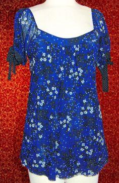 SWEAT PEA blue floral nylon mesh short sleeve tunic blouse L (T43-02I7) #SweetPea #Blouse #Casual