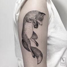 Pure Black and White Tattoos – Fubiz Media Body Art Tattoos, Girl Tattoos, Sleeve Tattoos, Tattoo Ink, Fox Tattoo Design, Tattoo Designs, Tattoo Ideas, Line Work Tattoo, Back Tattoo