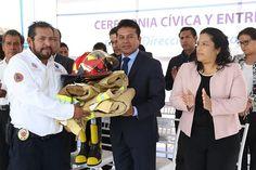Entregan equipamiento para bomberos de San Andrés Cholula