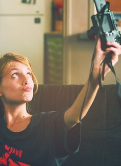 Melanie Laurent in the cutest selfie Pretty People, Beautiful People, Beautiful Women, Beautiful Celebrities, Beautiful Actresses, Photographs Of People, French Beauty, French Actress, French Girls