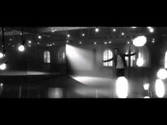 Justin Bieber - Fa La La ft. Boyz II Men in with the old and in with the new!