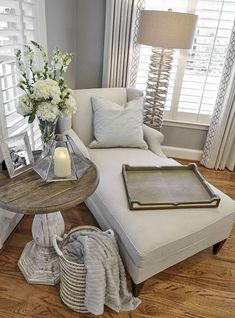 Are you looking for images for farmhouse living room? Check out the post right here for cool farmhouse living room ideas. This unique farmhouse living room ideas looks absolutely brilliant. Cozy Living Rooms, Home Living Room, Living Room Designs, Decorating Living Rooms, Living Room Side Tables, Romantic Living Room, Side Table Decor, Diy Living Room Decor, Bedroom Designs