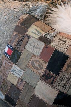 Pillow made out of old jeans labels!! Beate Skatvedt from Tips Og Inspirasjon Til Hjemmet :) ;)
