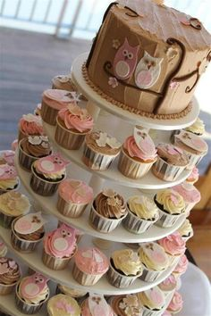 Gorgeous owl cupcakes and smash cake idea i could replace the owl for an elephant