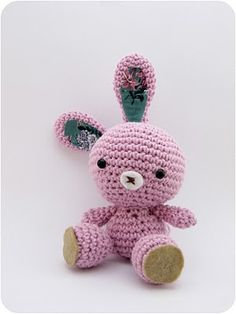 crochet bunny take on this freebie pattern: just adorable. Love the wonky ears (adds character!) thanks so xox http://blog.makezine.com/craft/craft_pattern_spring_bunny/