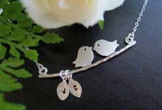 Such a cute necklace.
