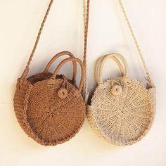 Women's Bags 2019 New Rattan Woven Flap Messenger Handbag Women Summer Holiday Beach Retro Tote Shoulder Straw Bags Bohemian Handmade Bolsa To Reduce Body Weight And Prolong Life