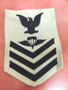 United States Symbol Of The Brand Ww Ii Us Navy Apron With Rate Patches Vintage Militaria
