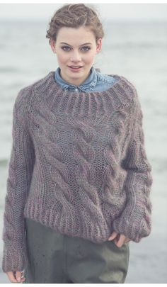 Cabled pullover knitting pattern