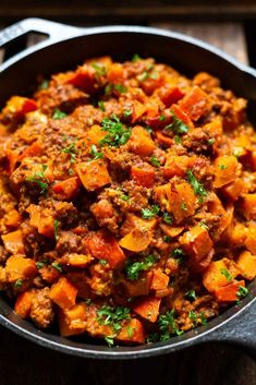 Pumpkin and minced meat pan with feta (super easy!) - cooking carousel - Pumpkin and minced meat pan with feta. This quick fall recipe is low carb, super simple and SO good - Meat Recipes, Low Carb Recipes, Healthy Recipes, Quick Recipes, Pumpkin Recipes, Fall Recipes, Healthy Eating Tips, Healthy Snacks, Eating Habits