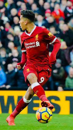 Week 28 : Liverpool 4-1 West Ham United - Roberto Firmino (Photo credit : Peter Powell/Reuters)