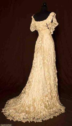 1908 Vintage Irish Wedding Gown - Love Love LOVE!