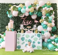 Awesome Balloon Decorations for Baby Shower Idee Baby Shower, Flamingo Baby Shower, Flamingo Birthday, Simple Baby Shower, Flamingo Party, Shower Party, Baby Shower Parties, Baby Shower Themes, Baby Shower Decorations